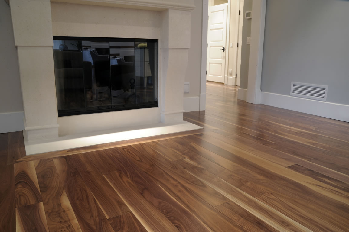 cmd carpette multi design plancher de bois franc. Black Bedroom Furniture Sets. Home Design Ideas